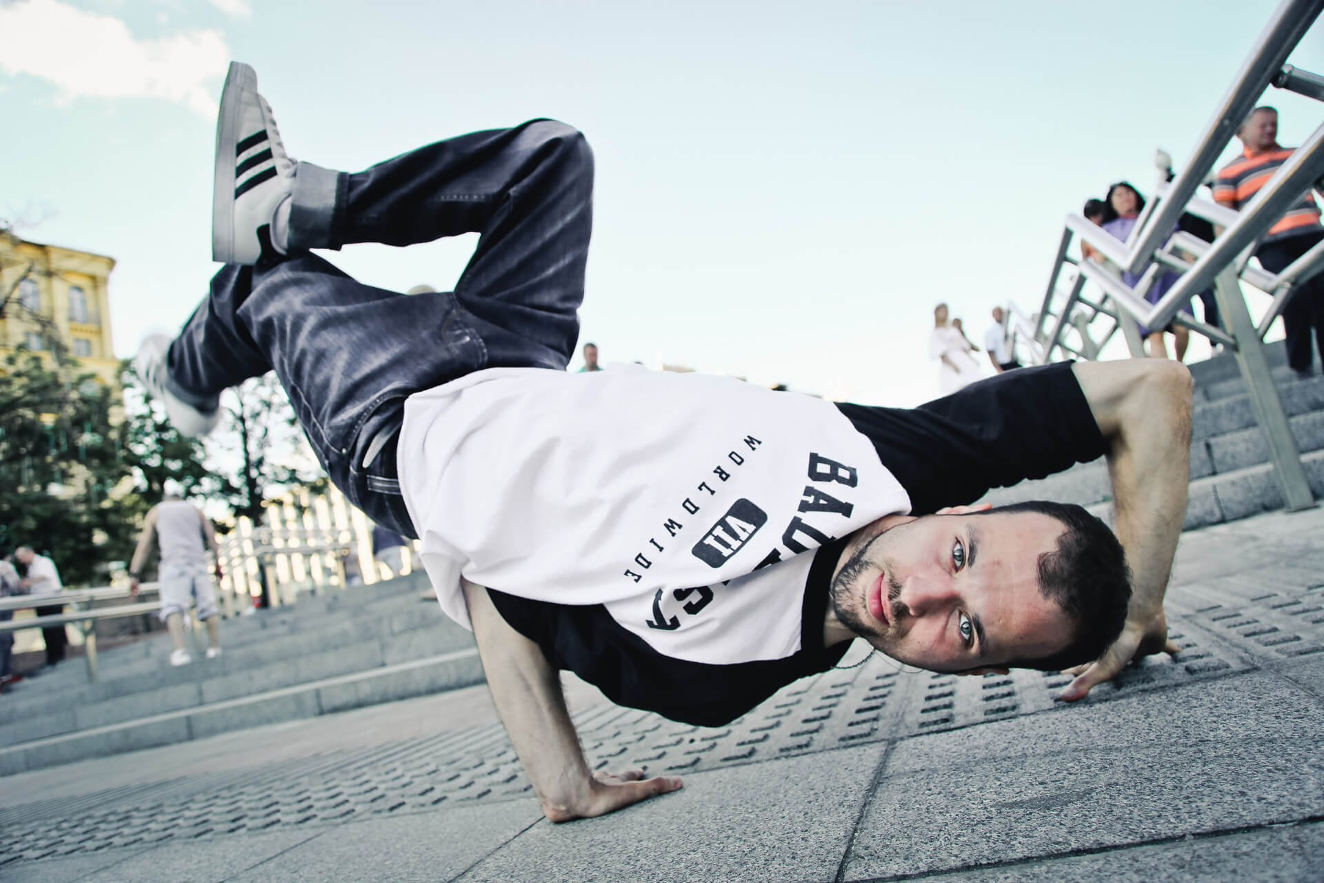 B-boy Maks power move, footwork, trix макс